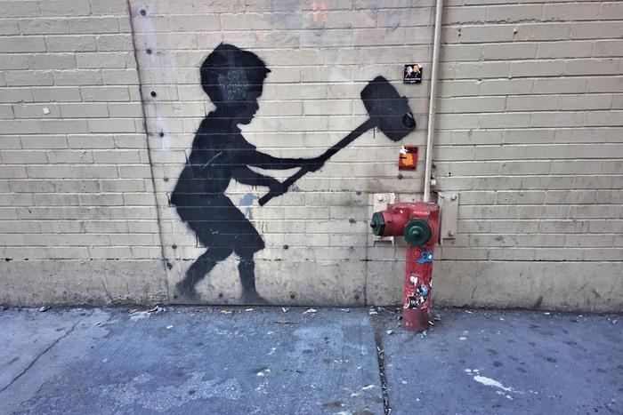 Banksy Hammer Boy New York Streetart