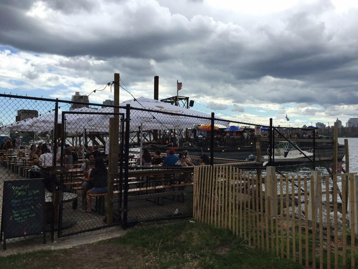 Brooklyn Barge für Landratten