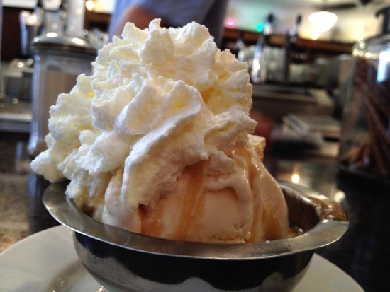 Ice Cream mit Karamell