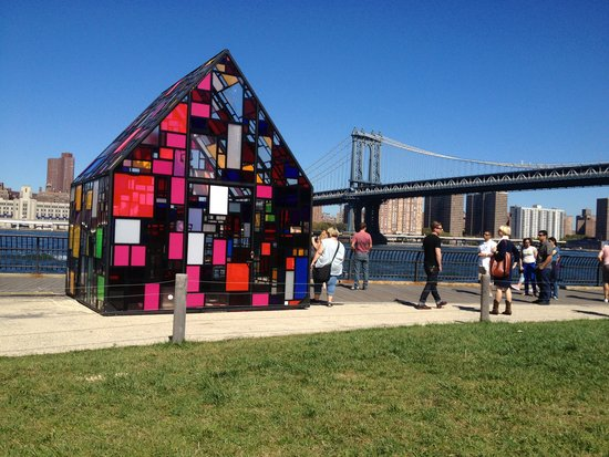 Dumbo Arts Festival mit Tom Fruin