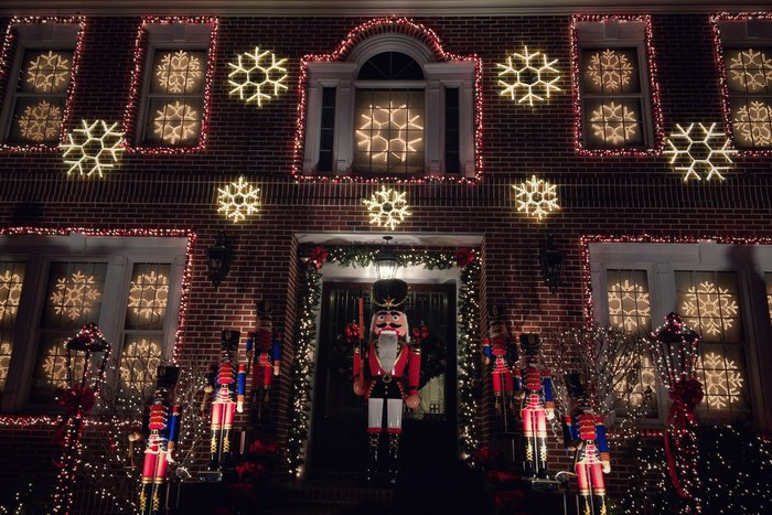 Wann Macht Man Die Weihnachtsbeleuchtung An.Lichtermeer In Dyker Heights Moment New York