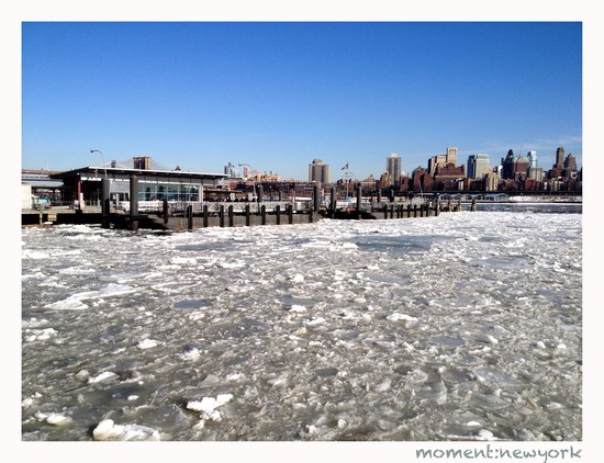 East River gefroren