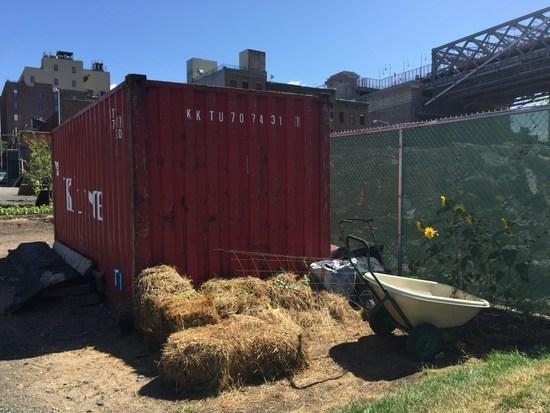 Container auf der Urban Farm