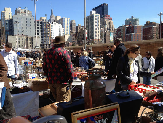 Flohmarkt in New York: Hell's Kitchen Flea