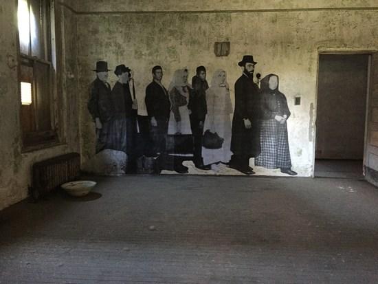 Für den französischen Künstler JR war die Einladung auf Ellis Island eine einmalige Gelegenheit.