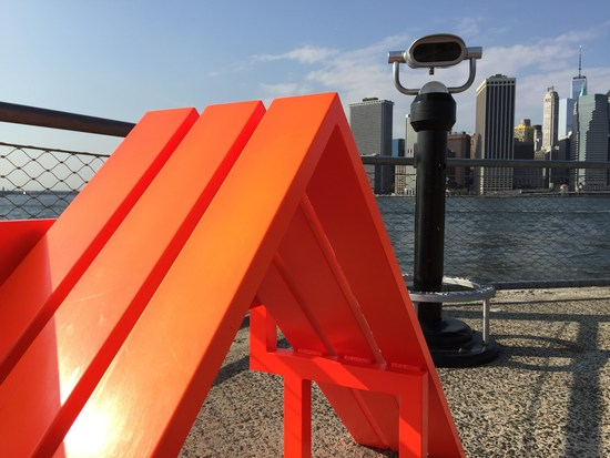 Modified Social Bench von Jeppe Hein