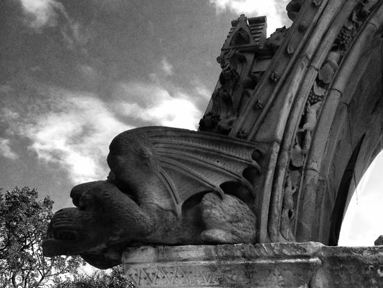 Drache auf dem Friedhof in New York