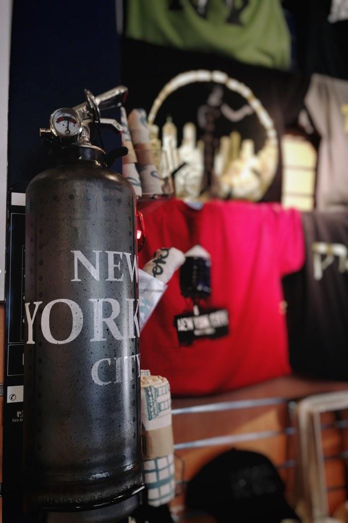Souvenir-Feuerlöscher NYC Store