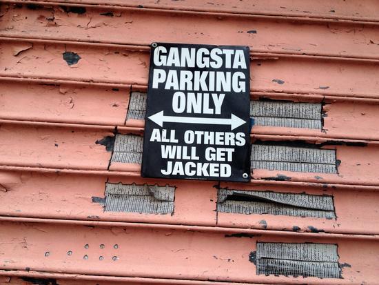 Parken nur für Verbrecher
