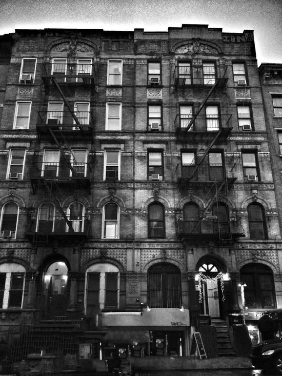 Physical Grafffiti Haus Led Zeppelin New York