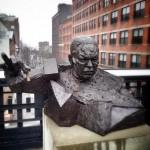 Colin Powell von Goshka Macuga im High Line Park New York