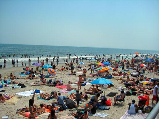 Saisonbeginn am Rockaway Beach