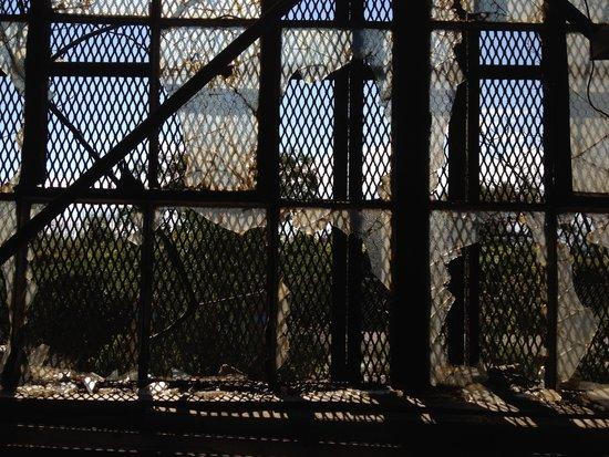 Fensterscheiben in Fort Tilden