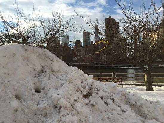 Schneeberg mit Blick auf Manhattan