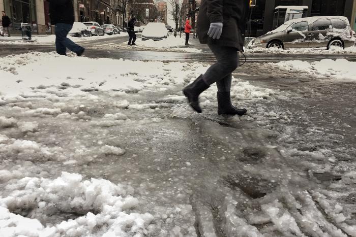 Schneepfütze New York 2017 Februar