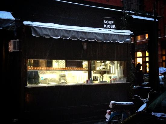 Soup Kiosk bei Fanelli's in Soho, New York
