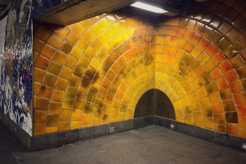 U-Bahn-Kunst 81st Street Urknall