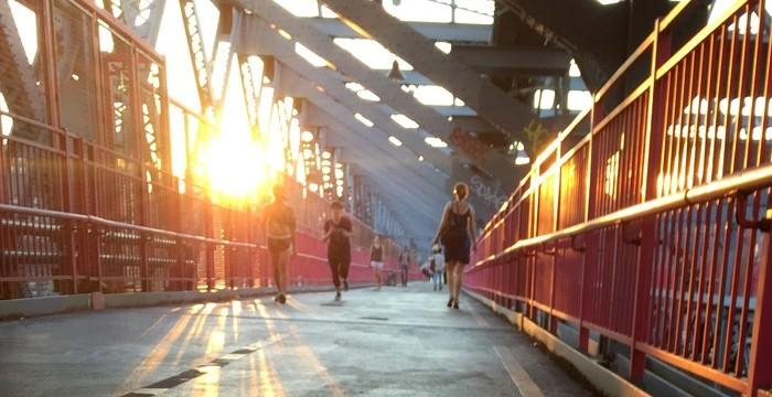 New York Zitate Walking Here